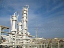 La refinería de petróleo Foto de archivo libre de regalías