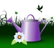 La regadera representa la horticultura al aire libre y el jardín Imagenes de archivo