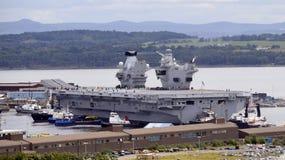 La Reine Elizabeth de porte-avions Photographie stock libre de droits