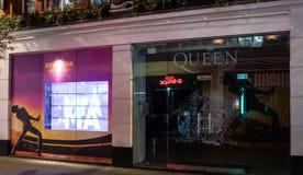La Reine sautent le magasin image stock
