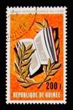 La República de Guinea muestra gráficos del año internacional del libro, circa 1972 Fotografía de archivo