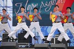 La représentation des danseurs, du choeur et des solistes de l'ensemble de chanson et danse de la flotte navale de la Mer Noire ( Photo stock