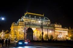 La repubblica Ceca Praga 11 04 2014: Via nella città del capitol alla notte Fotografia Stock Libera da Diritti