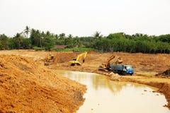 La reserva de agua de la irrigación bajo construcción Imagen de archivo