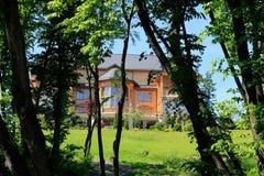 La residencia de Mezhyhirya cerca de la Kiev, Ucrania fotografía de archivo
