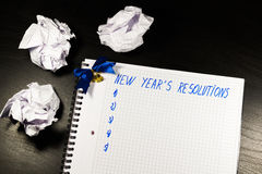 La resolución del Año Nuevo en el cuaderno Foto de archivo libre de regalías