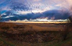 La respiración del tiempo de la puesta del sol de la primavera fotografía de archivo libre de regalías