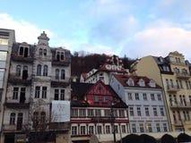 la restauración del edificio en la 'promenade' en Karlovy varía Imágenes de archivo libres de regalías