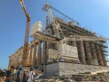 La restauración trabaja en el Parthenon, en la acrópolis, Atenas, GR fotos de archivo