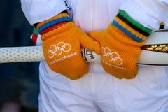 La retransmisión de antorcha de las olimpiadas de invierno llegó en Salónica foto de archivo libre de regalías