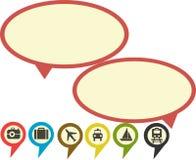 La retro conversazione della bolla di colore con i distintivi di viaggio controlla l'icona Immagini Stock
