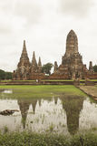 La riflessione di Wat Chai Wattanaram a Ayutthaya, Tailandia Fotografia Stock