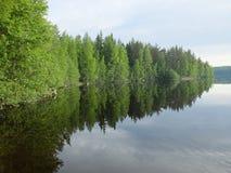 La riflessione nel lago fotografia stock