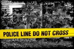 La riga di polizia non attraversa il nastro alla Camera della scena del crimine Fotografia Stock Libera da Diritti