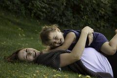 La risa es la mejor medicina Foto de archivo libre de regalías