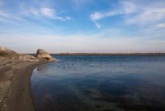 La riva del lago Immagine Stock