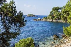 La riva mediterranea Fotografie Stock Libere da Diritti