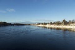 La rivière d'UmeÃ¥, Suède Images libres de droits