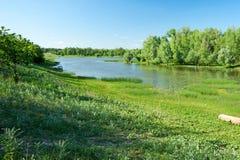 La rivière d'Ural kazakhstan Région d'Ouest-Kazakhstan images stock