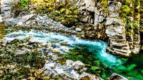 La rivière de Coquihalla en parc provincial de canyon de Coquihalla et chez Othello Tunnels près d'espoir en Colombie-Britannique images stock