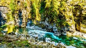 La rivière de Coquihalla en parc provincial de canyon de Coquihalla et chez Othello Tunnels près d'espoir en Colombie-Britannique photographie stock libre de droits
