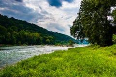 La rivière de Shenandoah, dans le ferry de harpistes, la Virginie Occidentale Image libre de droits