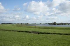 La rivière Lek aux Pays-Bas Images stock
