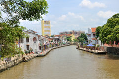 La rivière Melaka traversant Photo stock