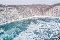 La rivière Niagara en hiver, Etats-Unis images stock