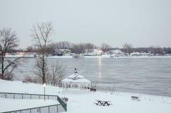 La rivière Niagara en hiver, Etats-Unis photo stock
