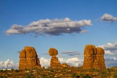 La roca equilibrada Foto de archivo libre de regalías