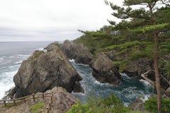 La roca y Ranboya de Kaminariiwa gorge en la costa de Goishi foto de archivo