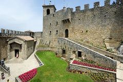 La Rocca fortless on Borgo Maggiore Royalty Free Stock Photos