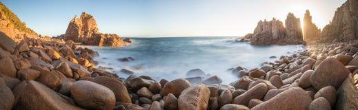 La roccia dei culmini, Phillip Island dell'Australia Fotografie Stock Libere da Diritti