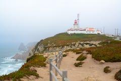 La roccia del capo è il punto finale del Portogallo Immagine Stock Libera da Diritti