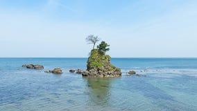 La roche de Meiwa dans la côte d'Amaharashi, Toyama, Japon Images libres de droits