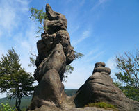 La roche, Rudawy Janowickie, Pologne Photos stock