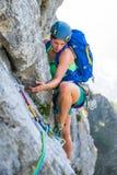 la roche s'élevante de noeuds ropes deux Photo stock