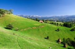 La Romania, paesino di montagna Fotografia Stock Libera da Diritti