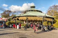 La Ronde Childreen au parc d'attractions Photos libres de droits