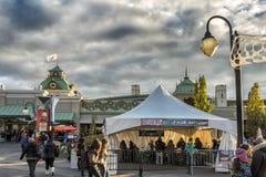 La Ronde o Dia das Bruxas que ticketting Fotos de Stock Royalty Free