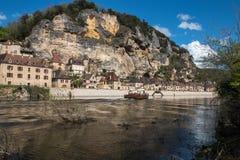 La Roque Gageac, pueblo francés en el valle de Dordoña Foto de archivo libre de regalías