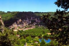 La Roque Gageac, un pueblo de Périgord en Francia fotografía de archivo