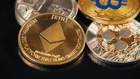 La rotación acuña el primer de Litecoin LTC, de BitCoin BTS, de Ethereum ETX y de la ondulación XRP Sistema de pago virtual del m metrajes