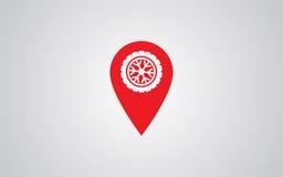 La roue de voiture fatigue l'icône de service sur l'indicateur de carte Photographie stock