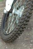 La roue folâtre le vélo Photo stock