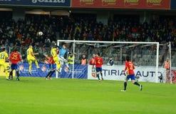 La Roumanie contre le match de l'Espagne avant l'euro 2016 Images stock