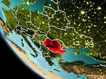La Roumanie la nuit sur terre Photographie stock