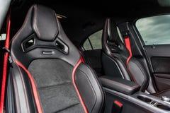 La Roumanie, septembre 16, 2014 de Brasov : Mercedes-Benz A 45 intérieur de 2014 AMG Photographie stock