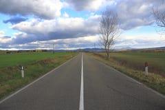 La route dans la campagne Photos stock